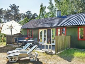 Ferienhaus Nexø, Haus-Nr: 98058