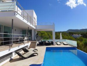 Villa Tarida Beach House