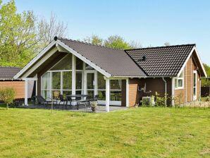 Ferienhaus Hovborg, Haus-Nr: 67512