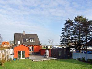 Ferienhaus Nexø, Haus-Nr: 61971