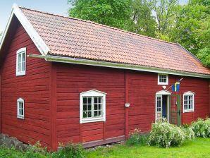 Ferienhaus Vimmerby, Haus-Nr: 35245