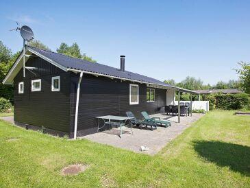 Ferienhaus Knebel, Haus-Nr: 77135
