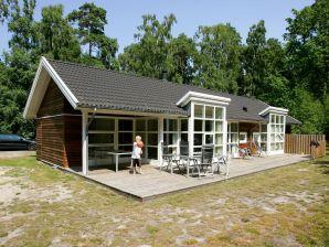 Ferienhaus Hasle, Haus-Nr: 31745