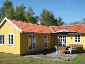 Ferienhaus Rønne, Haus-Nr: 25561
