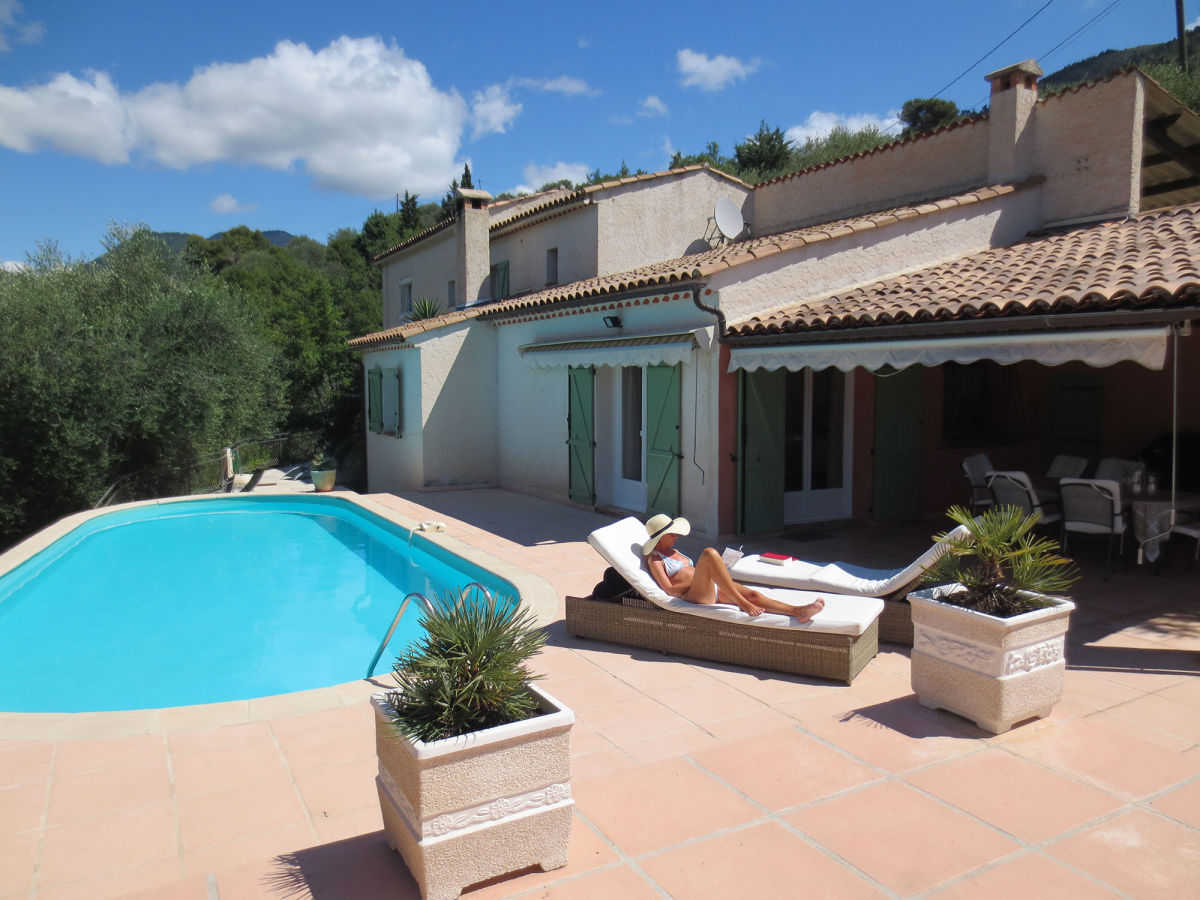Villa rivi re c te d 39 azur nizza frau marlies denker rivi re - Pool am haus ...