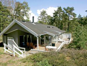 Ferienhaus Nexø, Haus-Nr: 10517