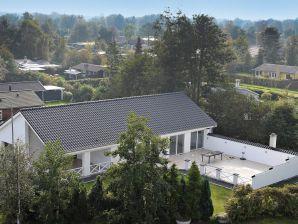 Ferienhaus Grenaa, Haus-Nr: 37688