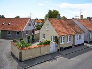 Ferienhaus Nexø, Haus-Nr: 68092