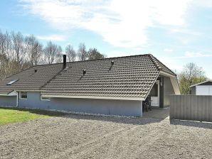 Ferienhaus Oksböl, Haus-Nr: 92248