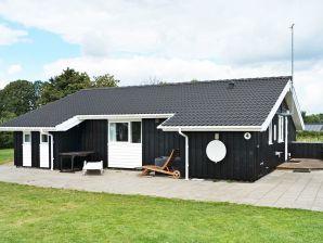 Ferienhaus Hadsund, Haus-Nr: 95365