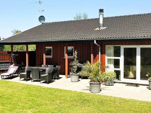 Ferienhaus Glesborg, Haus-Nr: 66298