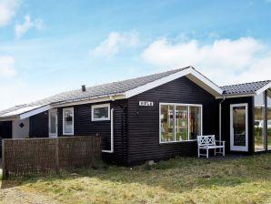 Ferienhaus Henne, Haus-Nr: 95722