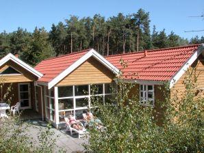 Ferienhaus Aakirkeby, Haus-Nr: 24372
