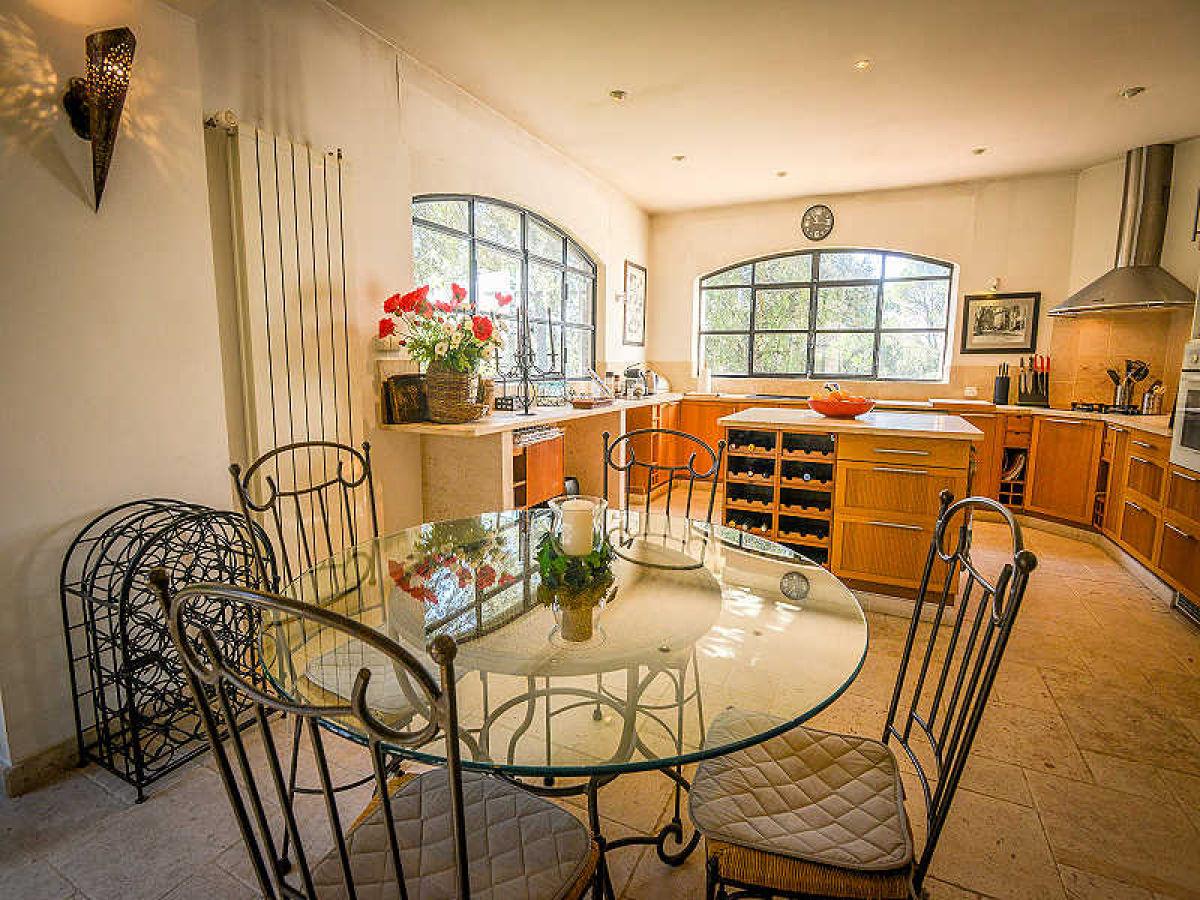 0339 villa plassans 7p lorgues var lorgues familie gerlinde jacques apoth loz. Black Bedroom Furniture Sets. Home Design Ideas