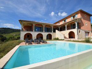 Villa - CHIROUBLES