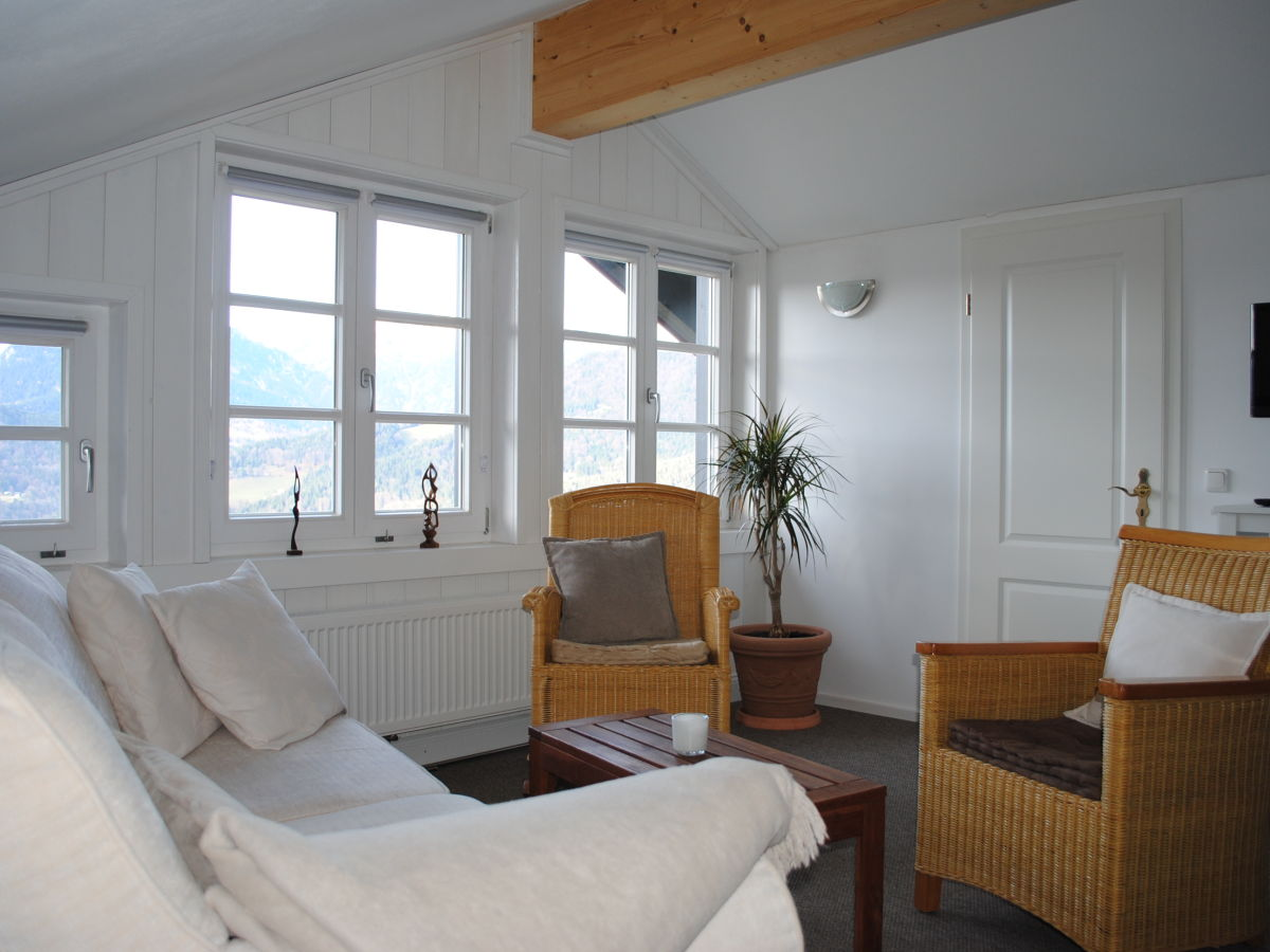 ferienwohnung im berghangh us l obersalzberg berchtesgaden familie biberger. Black Bedroom Furniture Sets. Home Design Ideas