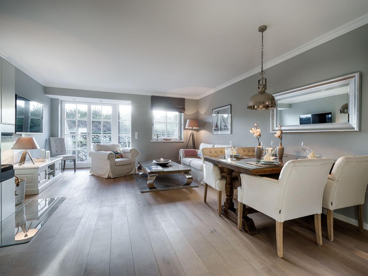 schickes ferienhaus styledreams mit s dterrasse tinnum firma mrm gmbh ferienwohnungen sylt. Black Bedroom Furniture Sets. Home Design Ideas