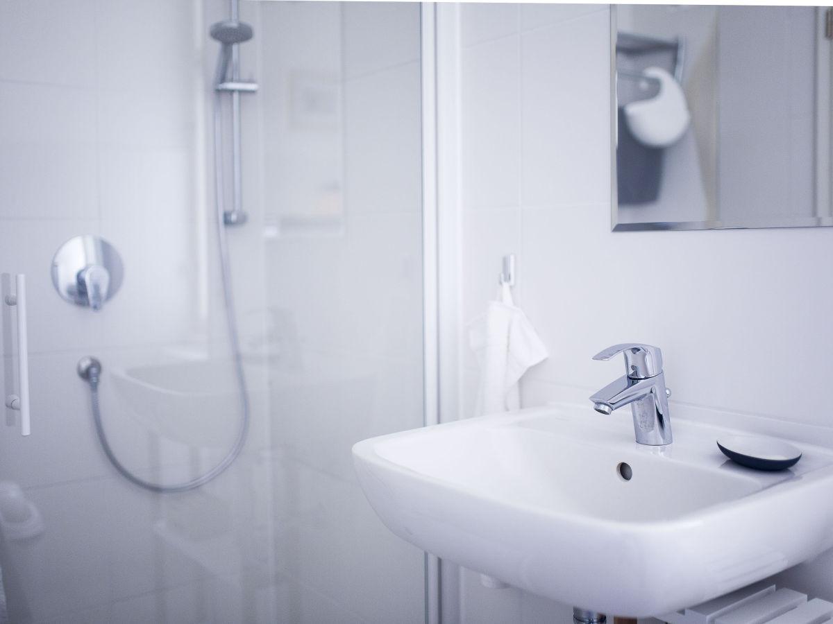 ferienhaus am zeuthener see berlin zeuthen frau josephine schineis. Black Bedroom Furniture Sets. Home Design Ideas