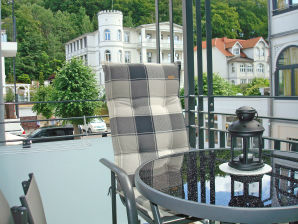 Ferienwohnung F.01 Villa Lena Whg. 03 mit Balkon