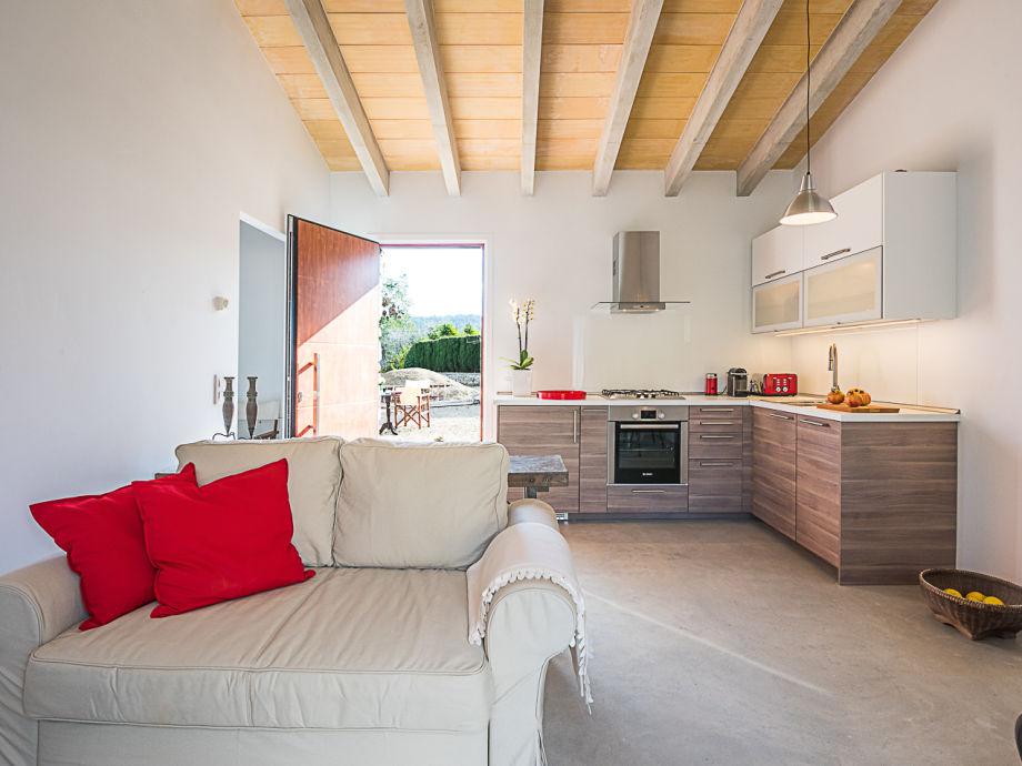 ferienhaus tres capellets mallorca inselmitte frau jessica. Black Bedroom Furniture Sets. Home Design Ideas