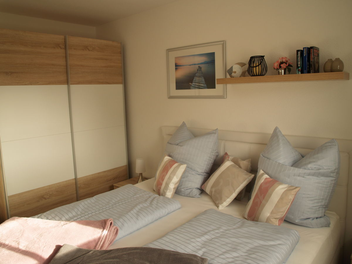 ferienwohnung lotse fischland darss zingst frau kr mer. Black Bedroom Furniture Sets. Home Design Ideas