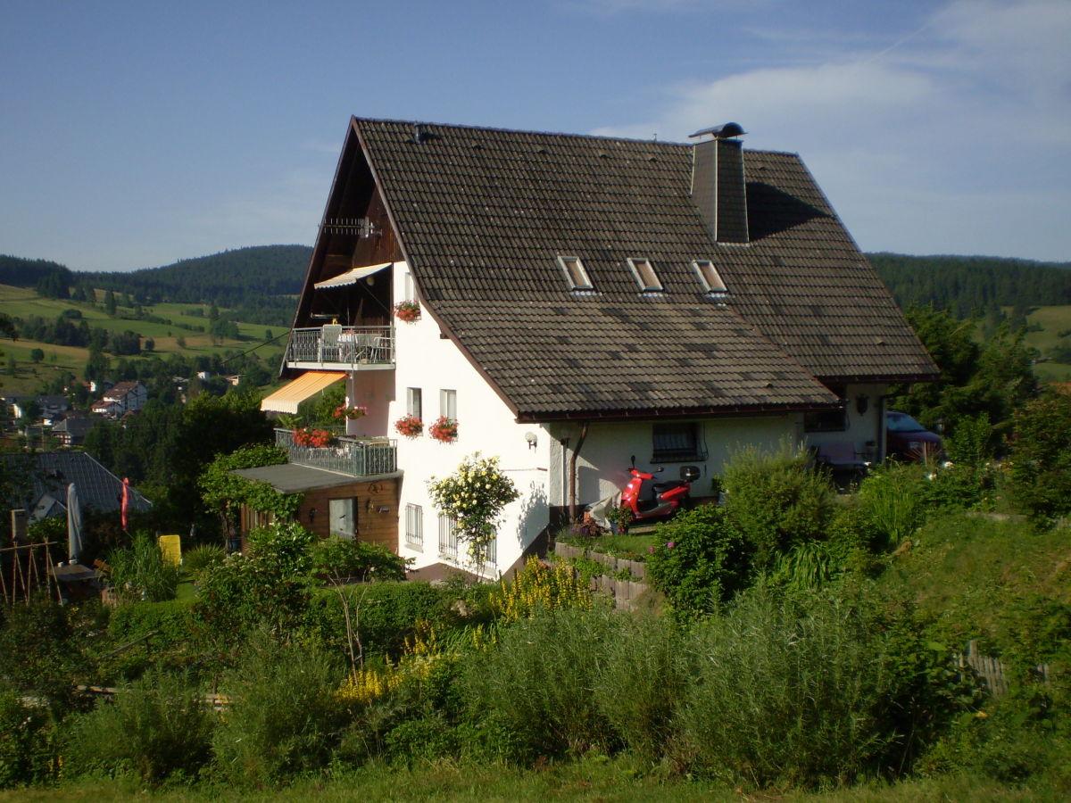 Ferienwohnung im haus christa schwarzwald herr dieter for Ferienwohnung im schwarzwald