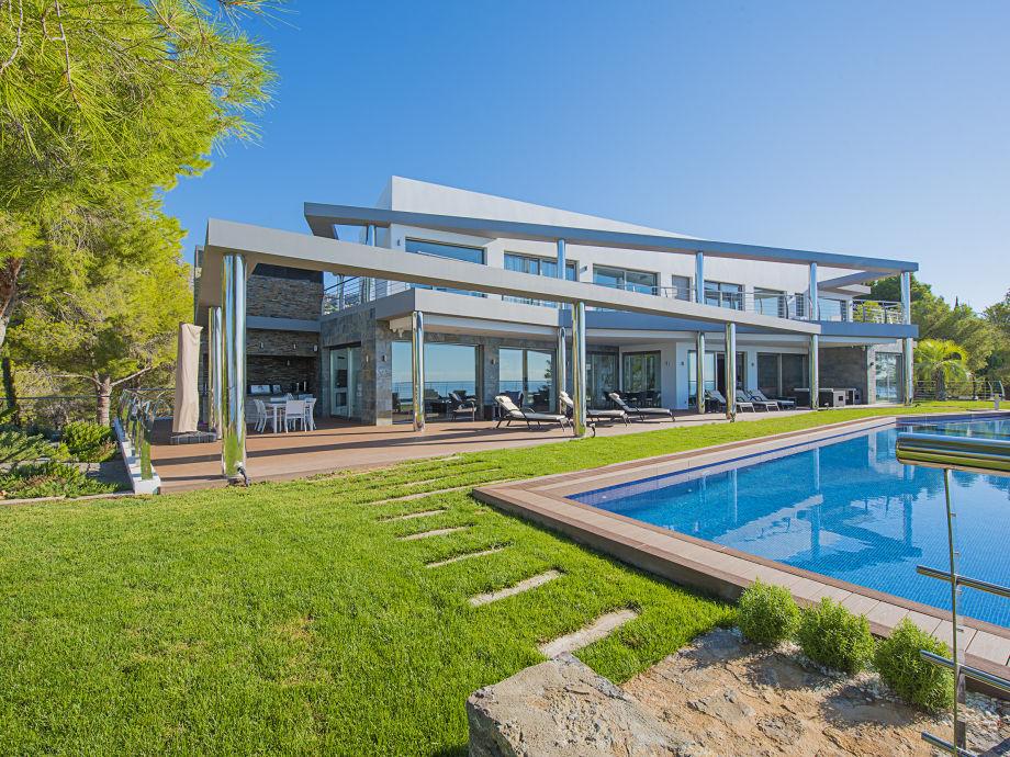 Villa Campomanes mit Pool