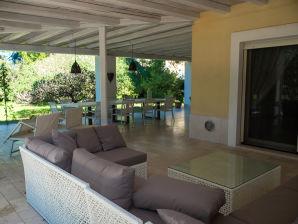 Ferienhaus Villa Diana 4 mit Garten