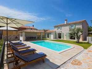 Holiday house Villa Orbani