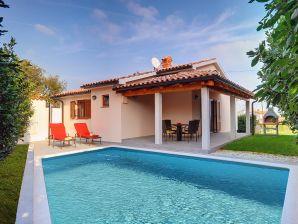 Villa 322