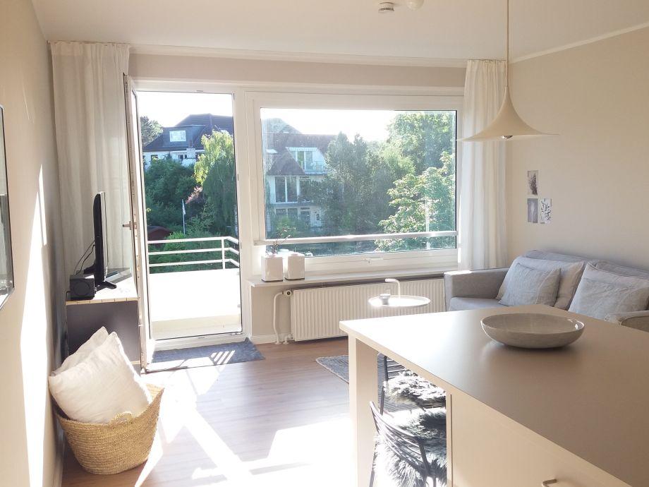 Wohnraum mit Stehbalkon