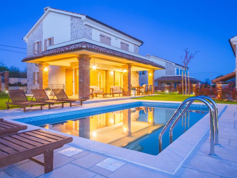 Villa kras ladies kroatien kvarner bucht firma vizija for Kroatien villa mit pool