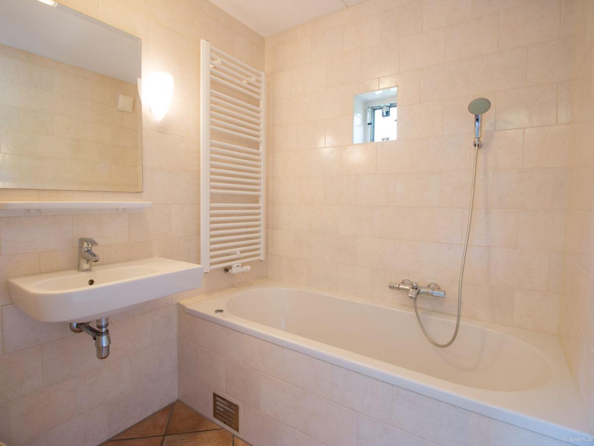Badezimmer Accessoires Maritim. Luxus Schlafzimmer Mit Whirlpool ~ Alles  Bild Für Ihr Haus Design .