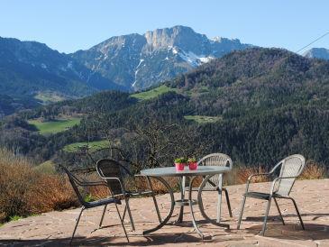 Ferienwohnung Berghanghäus`l mit Terrasse