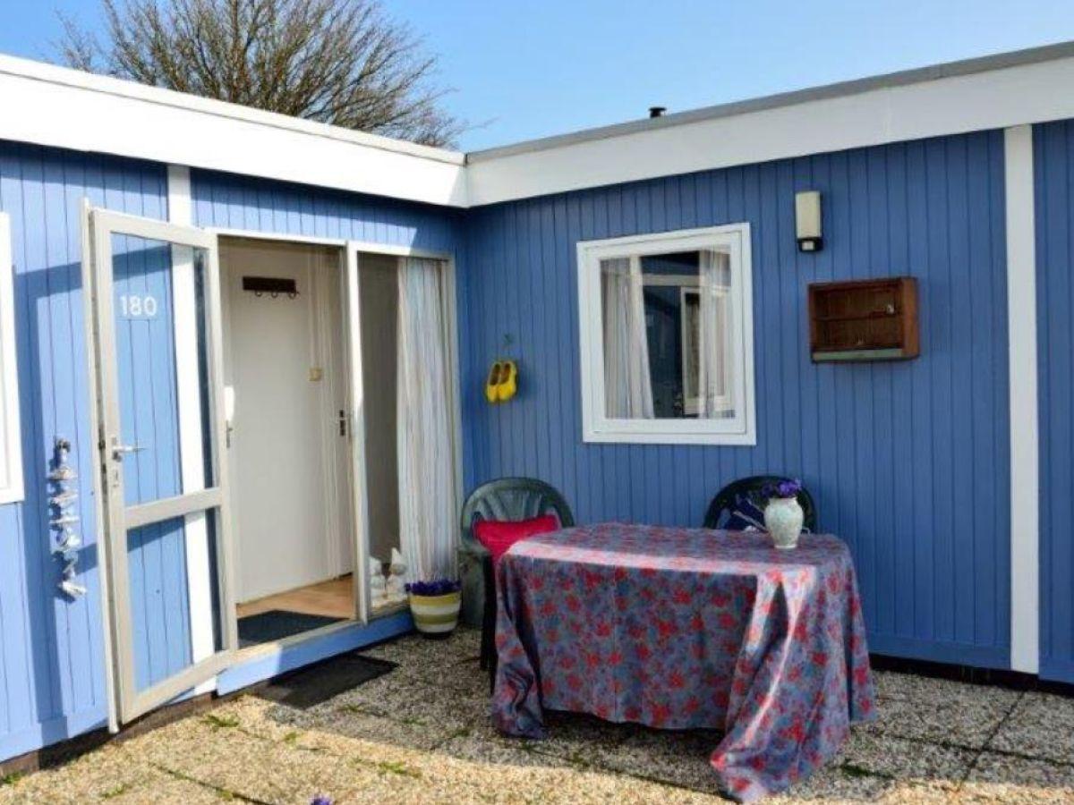 Ferienhaus 2P Chalet basis IJsselmeer Andijk Firma