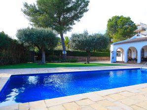 M509-260 Villa Blau Mar