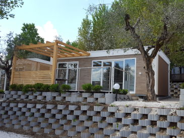 bungalows in italien mieten urlaub in italien. Black Bedroom Furniture Sets. Home Design Ideas
