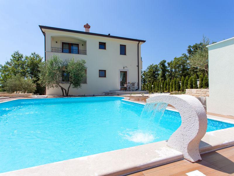 Ferienwohnung Elegant mit Pool