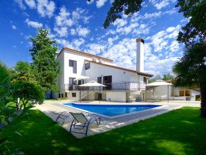 Villa Martimar with pool