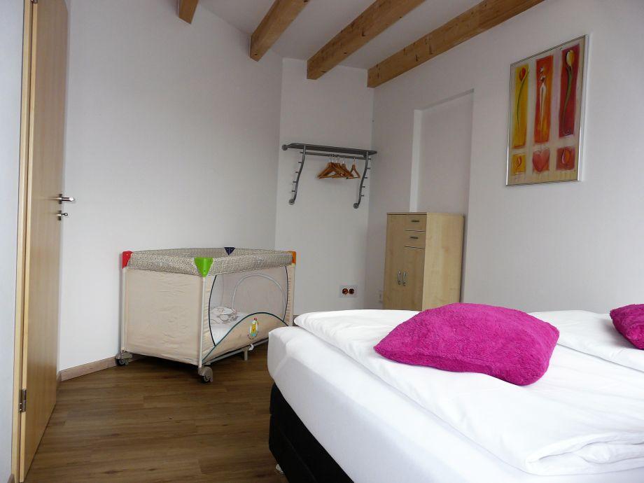 ferienwohnung kleefu brohltal niederzissen frau nathalie kleefu. Black Bedroom Furniture Sets. Home Design Ideas