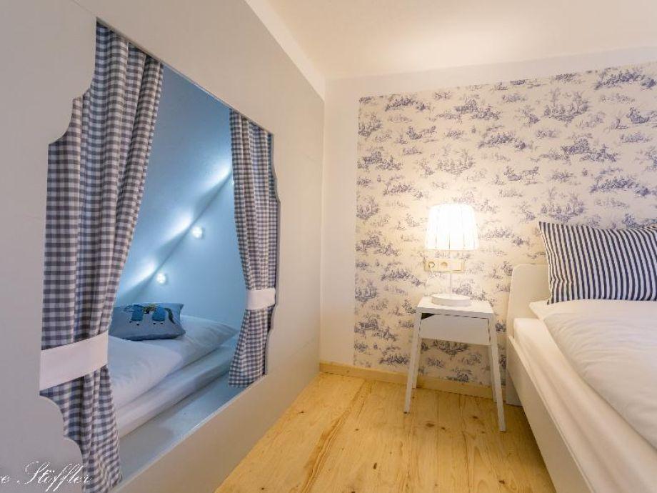 Zauberhaftes Schlafzimmer mit Alkoven