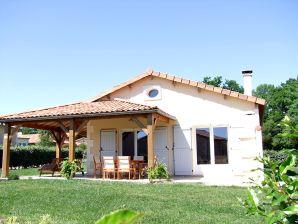 Villa Domaine les Forges Le Bois Senis 6 Personen