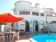 Ferienwohnung Villa Empuriabrava mit Pool, am Kanal