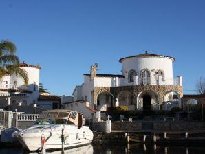 Ferienhaus Casa Sandra Maria am Kanal