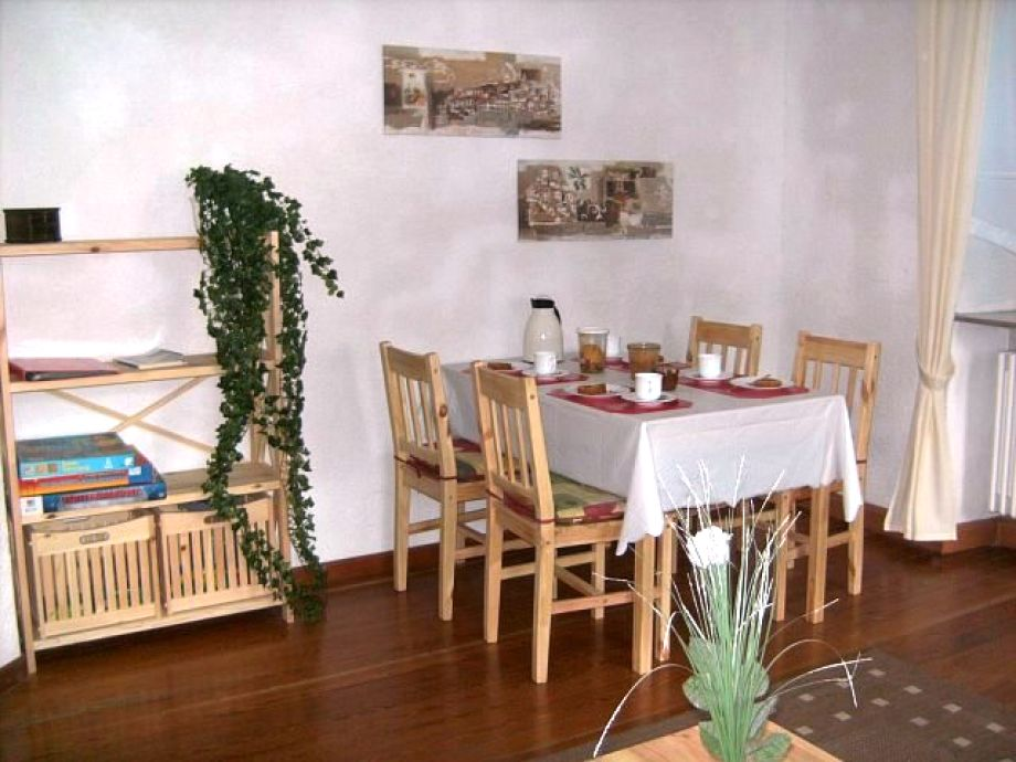 Essecke Wohnzimmer ~ Verschiedenes Interessantes Design Für Ein, Wohnzimmer