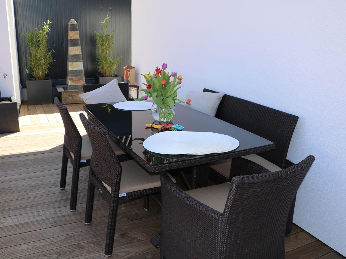 ferienhaus penthouse tauberblick terrasse tauberbischofsheim firma ferienwohnungen m nch. Black Bedroom Furniture Sets. Home Design Ideas