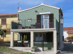 Holiday house Tireli
