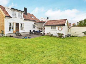 Ferienhaus Kristiansand / Kristiansand *R, Haus-Nr: 57623