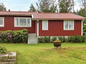 Ferienhaus Sundhammar / Kärna, Haus-Nr: 92960