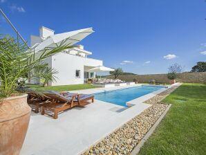 Villa White
